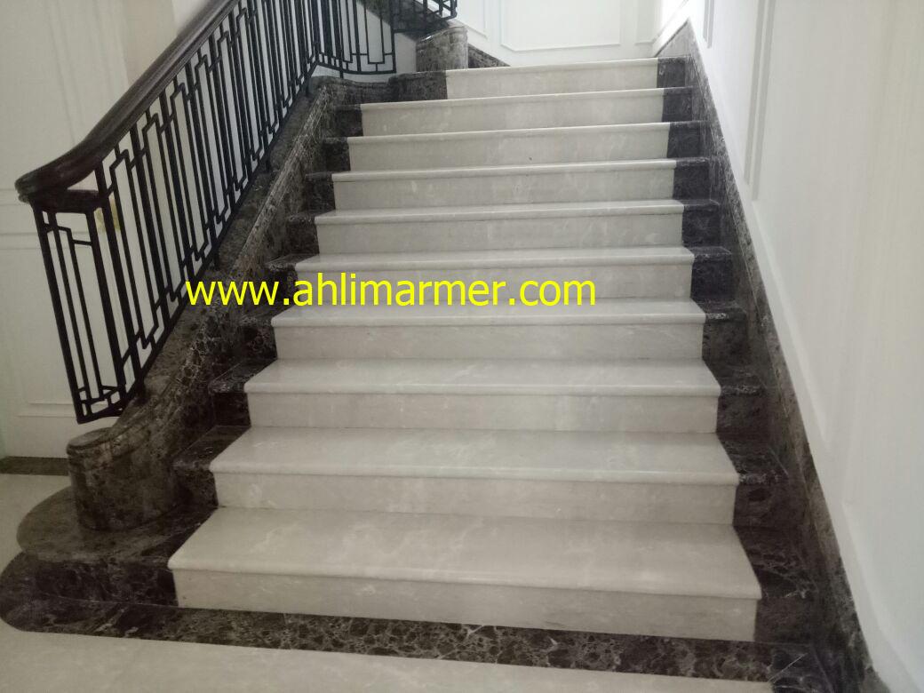 Hasil akhir tahapan pemolesan bagian tangga